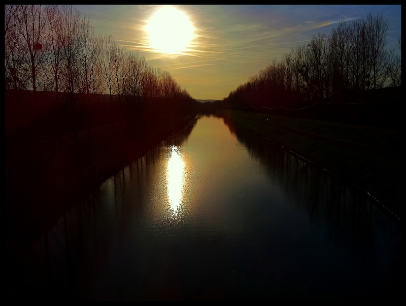 canal-night